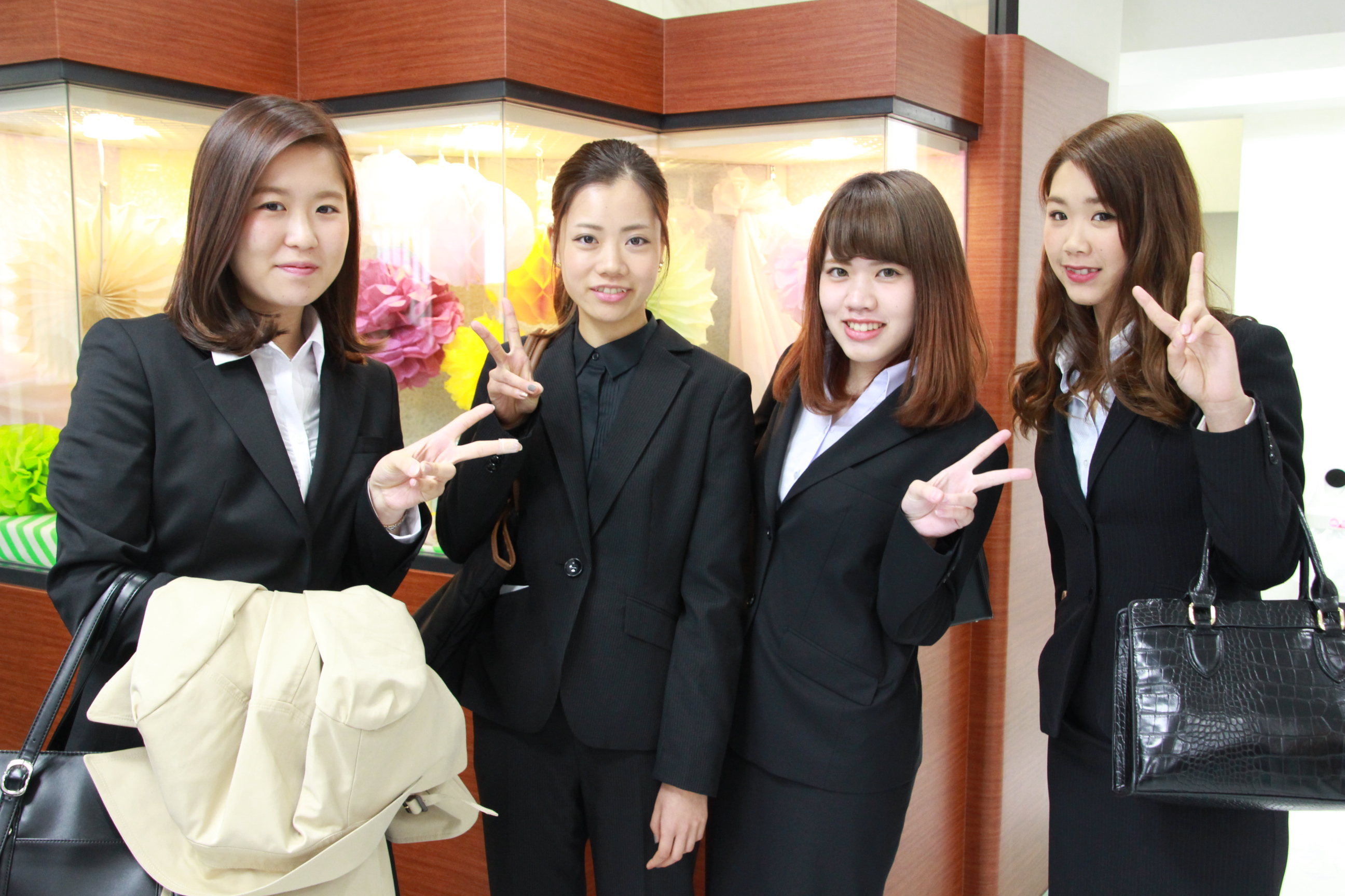 住田美容専門学校入学式が行われ...